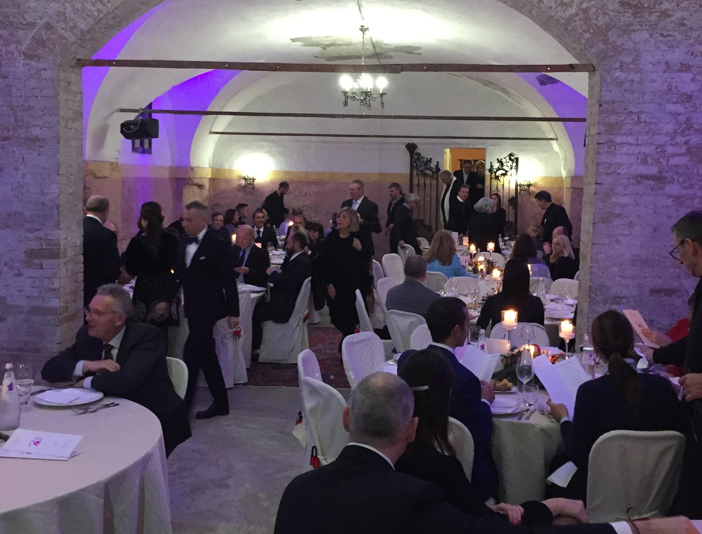 come organizzare un evento aziendale, festa-aziendale